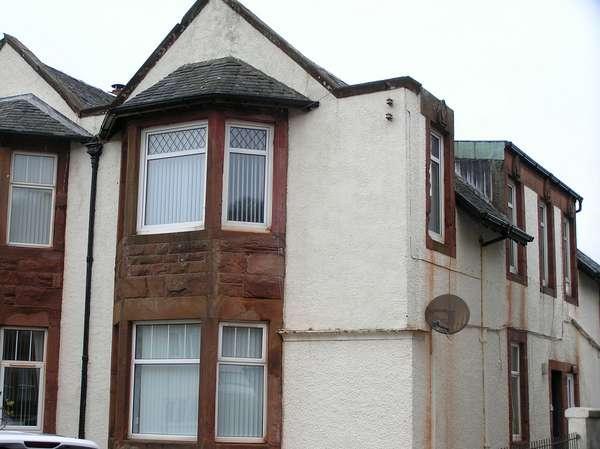 3 Bedrooms Villa House for sale in 11 (upper quarter), Ferry Road, Millport, Isle of Cumbrae, KA28 0DZ