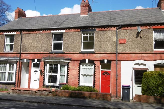 2 Bedrooms Terraced House for sale in 66 Holyhead Road, Oakengates, Telford, Shropshire, TF2 6BN