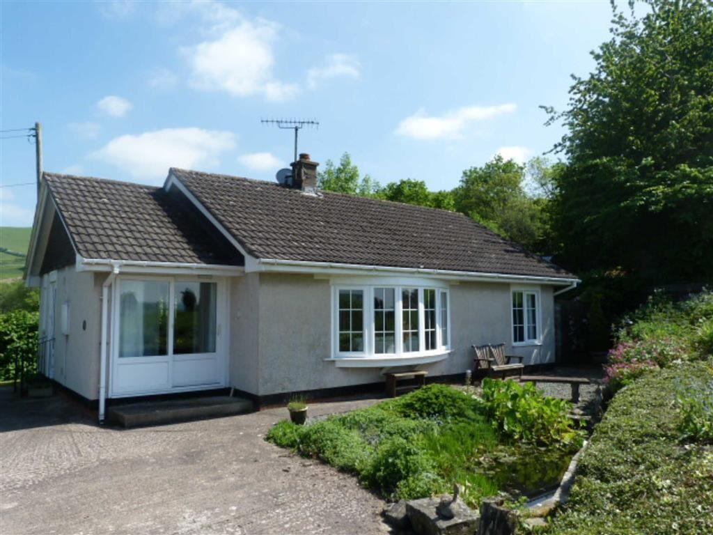 2 Bedrooms Detached Bungalow for sale in Boxen Bower, Wern Lane, Newtown