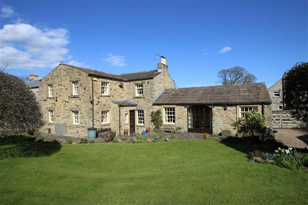 3 Bedrooms Barn Conversion Character Property for sale in Constable Burton, Leyburn, North Yorkshire