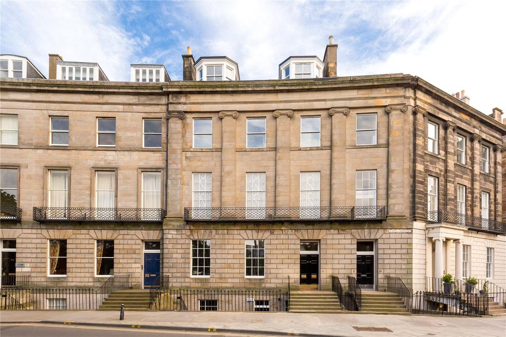 2 Bedrooms Flat for sale in 20A Atholl Crescent, Edinburgh