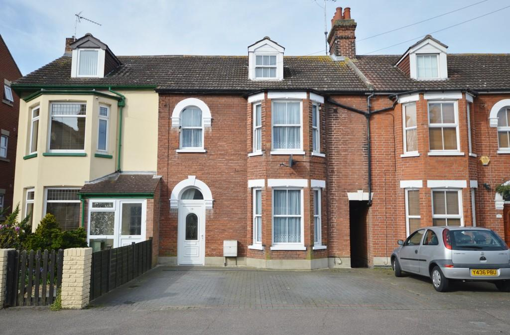 5 Bedrooms Terraced House for sale in Cliff Road, Dovercourt, Harwich, CO12 3PP