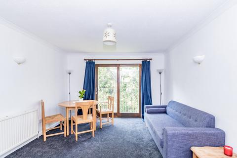 1 bedroom apartment to rent - Webb's Close, Wolvercote
