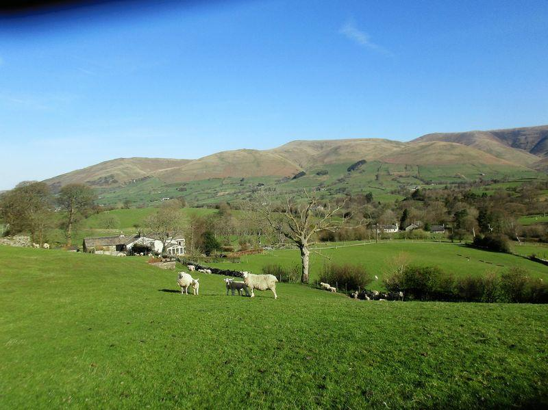 5 Bedrooms Detached House for sale in Low Branthwaite, Frostrow, Sedbergh