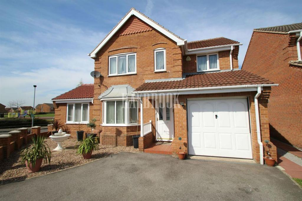 4 Bedrooms Detached House for sale in Rowan Close, Goldthorpe