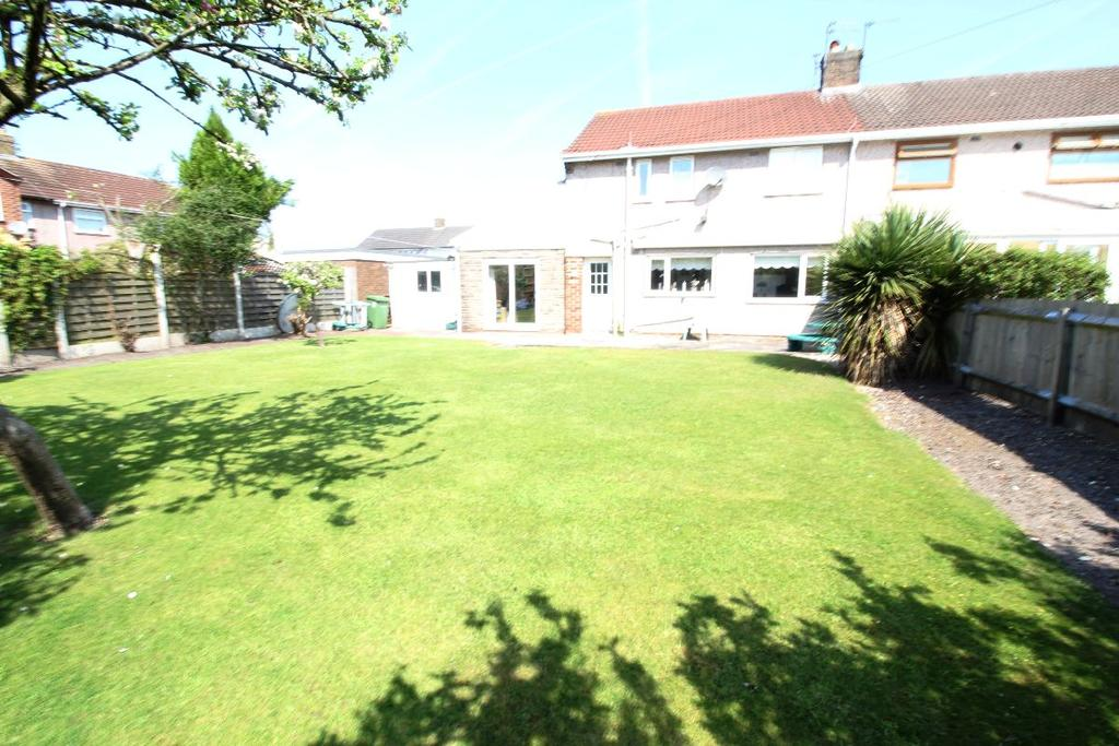 3 Bedrooms Semi Detached House for sale in Stonebarn Drive