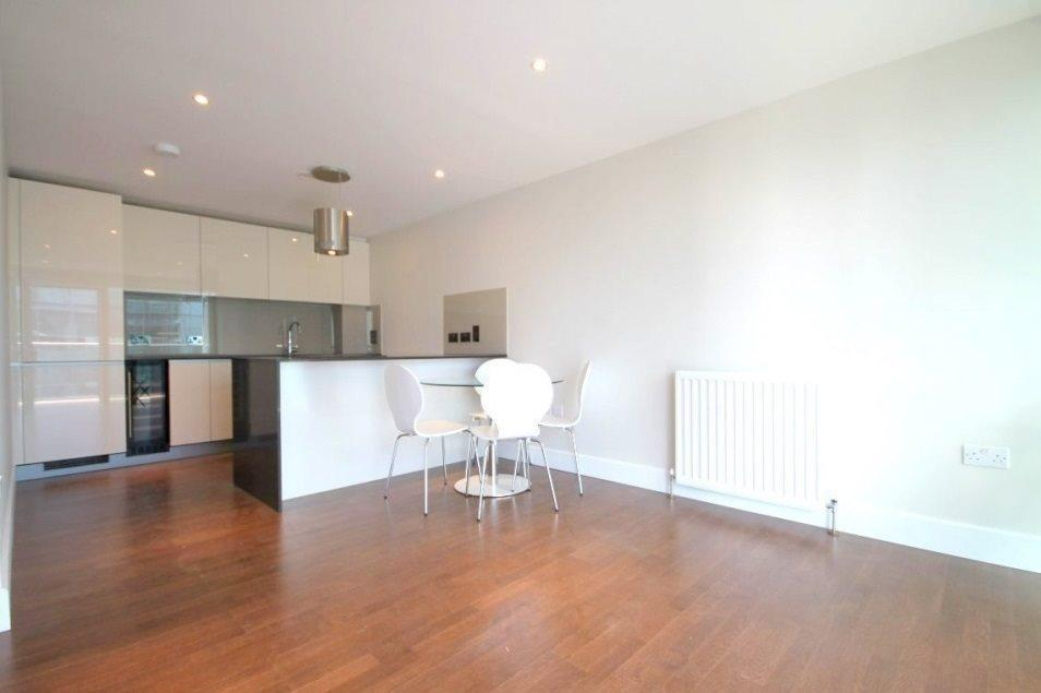 2 Bedrooms Flat for sale in One Commercial Street,
