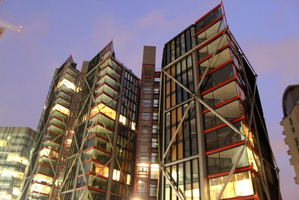 3 Bedrooms Flat for sale in Neo Bankside, Holland Street,