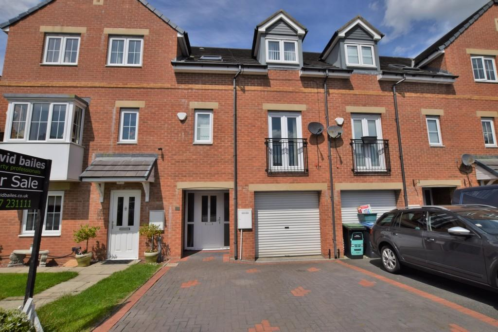 4 Bedrooms Town House for sale in Orchard Grove, Kip Hill, Stanley