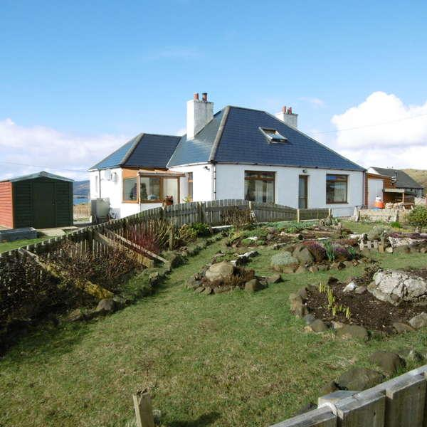 3 Bedrooms Detached Bungalow for sale in Mairi's Cottage, 9 Ose, Struan, Isle of Skye, IV56 8FJ