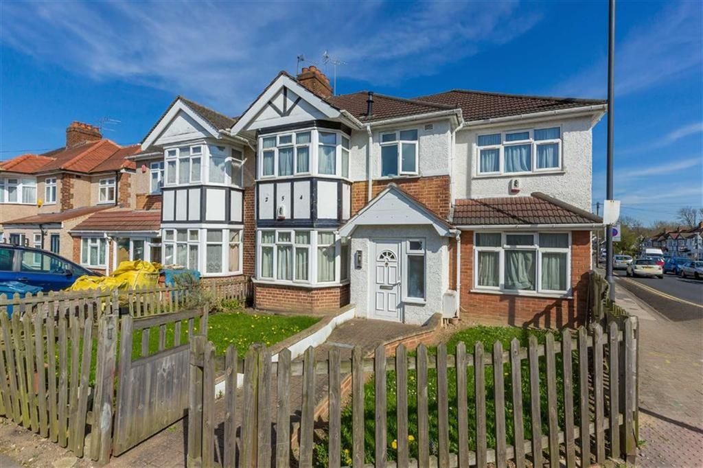1 Bedroom Apartment Flat for sale in Cannon Lane, Pinner, Middlesex