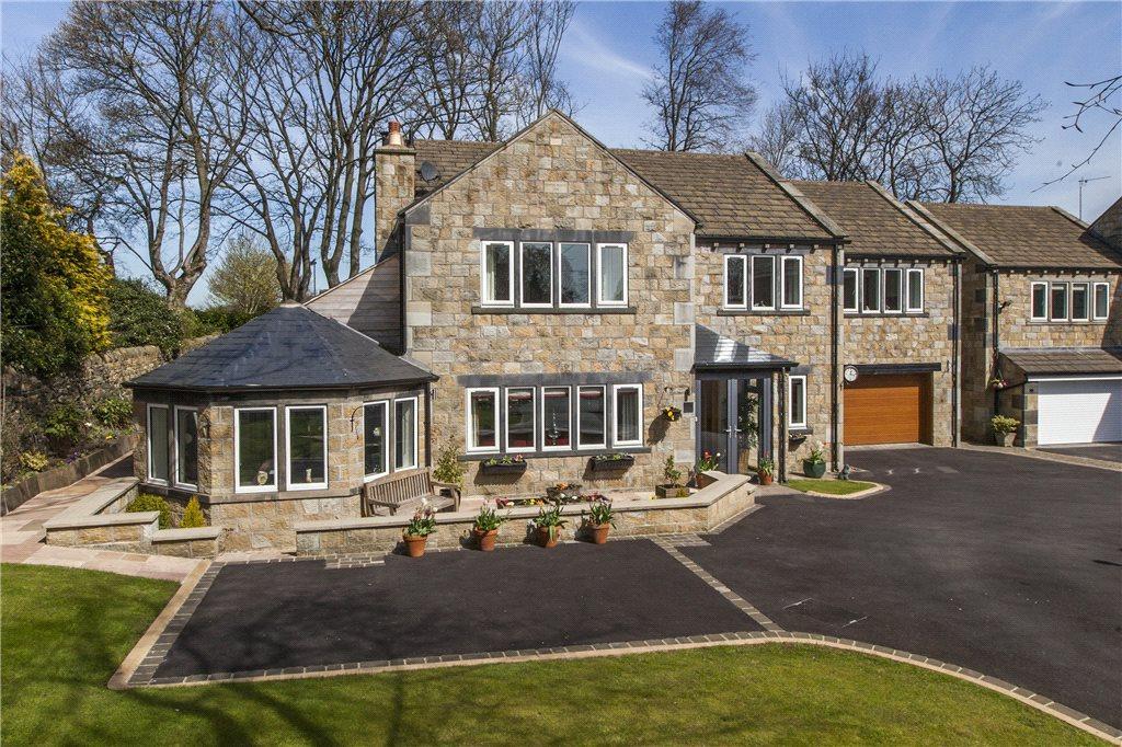 5 Bedrooms Detached House for sale in Ladderbanks Lane, Baildon, West Yorkshire