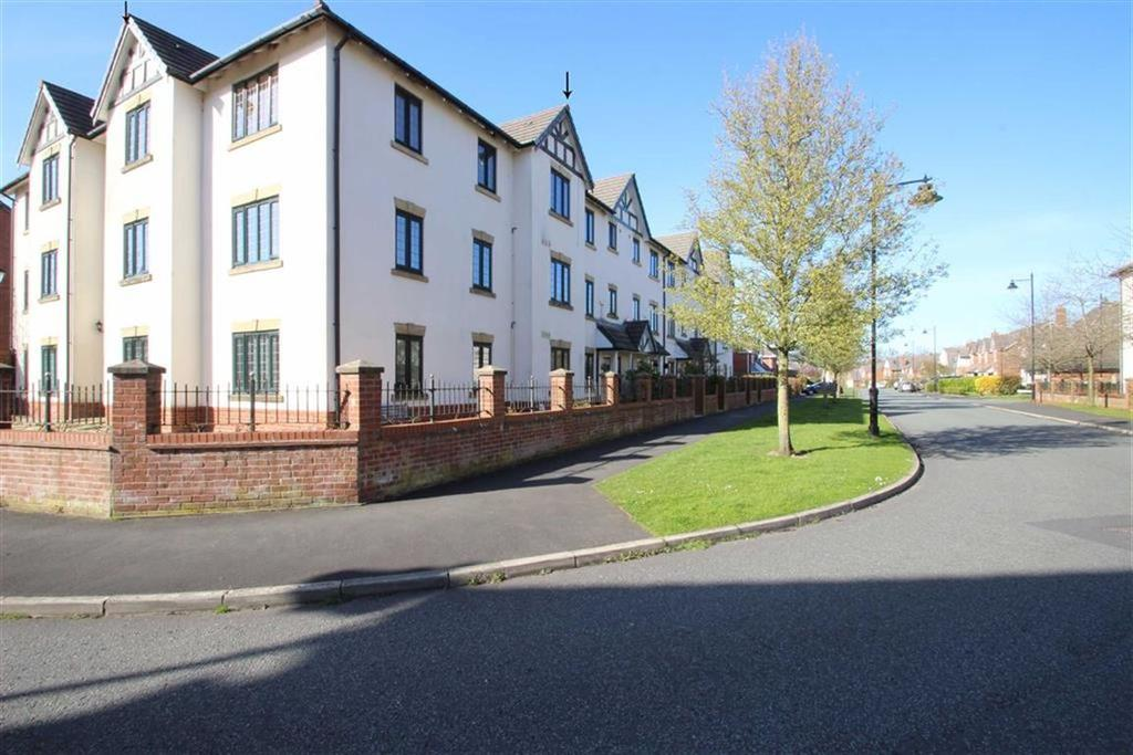 3 Bedrooms Apartment Flat for sale in Pendle Drive, Whalley, Ribble Valley