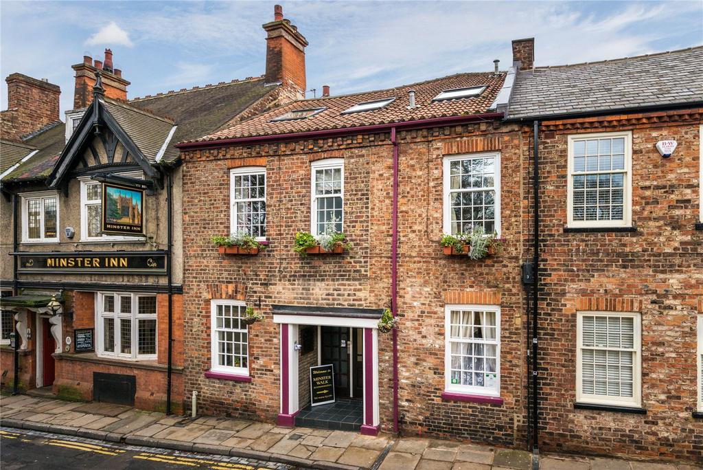6 Bedrooms Unique Property for sale in Marygate, York, YO30