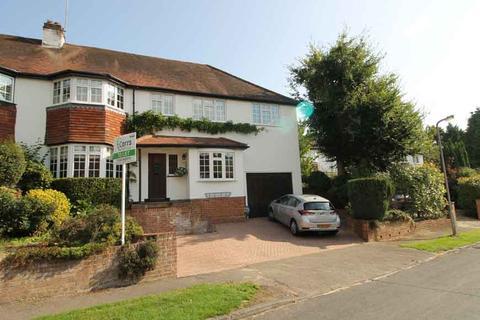 4 bedroom semi-detached house to rent - The Close, Ascot SL5
