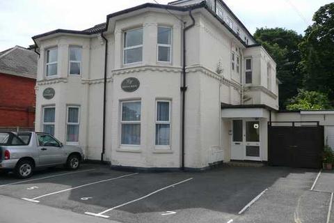 2 bedroom maisonette to rent - Frances Road, Bournemouth