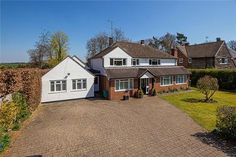 4 bedroom detached house for sale - Chamberlaines, Harpenden, Hertfordshire