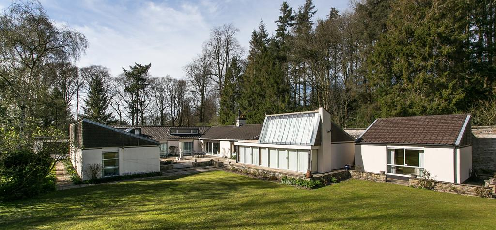 4 Bedrooms House for sale in Greta Side, Cantsfield, Carnforth, Lancashire, LA6 2QS