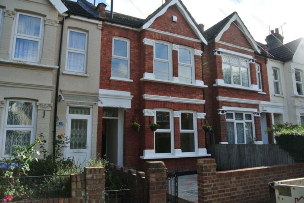 4 Bedrooms House for sale in Selwyn Road, Craven Park, NW10