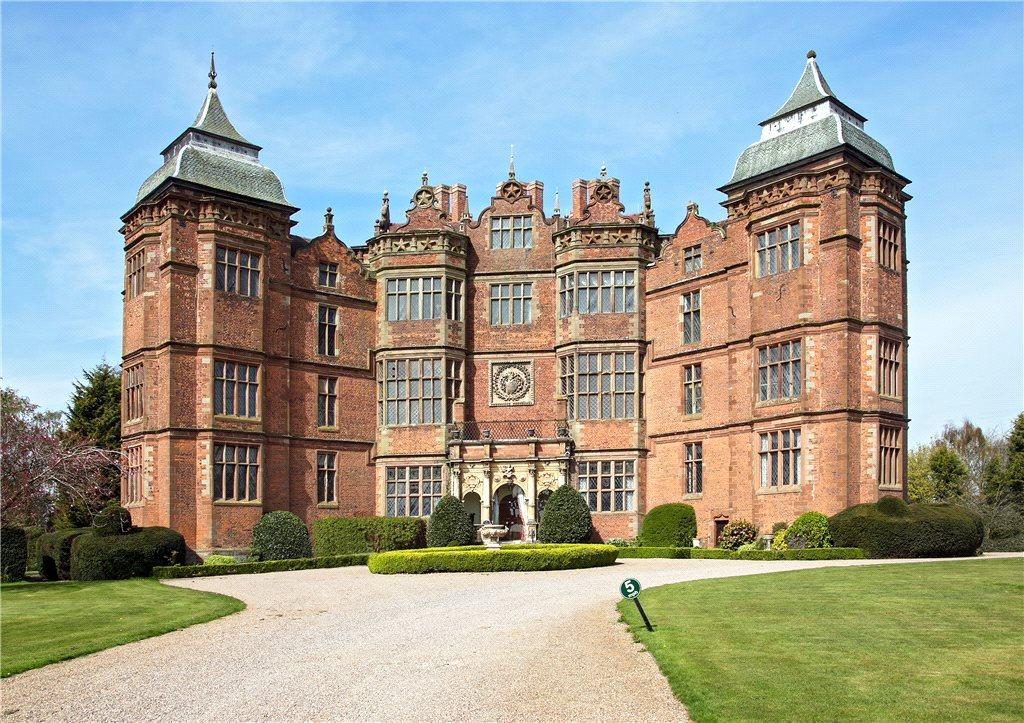 3 Bedrooms Apartment Flat for sale in Flat 5, Westwood Park, Droitwich, Worcestershire, WR9
