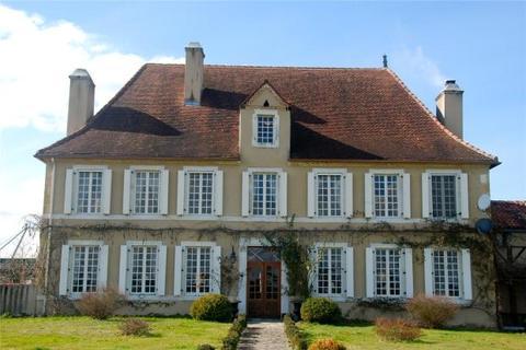 5 bedroom house  - Near Lembeye, Pyrenees Atlantiques, Aquitaine