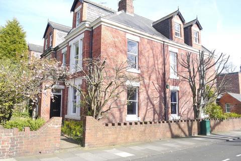 4 bedroom flat to rent - Otterburn Villas South - Jesmond