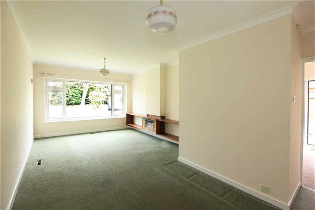 2 Bedrooms Semi Detached Bungalow for sale in Heathfield Close, Nantwich, Cheshire