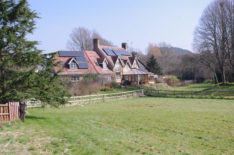 5 Bedrooms Farm House Character Property for sale in Lee Lane, Bradpole, Bridport