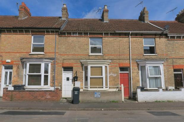 1 Bedroom Ground Flat for sale in Grays Road, Taunton TA1