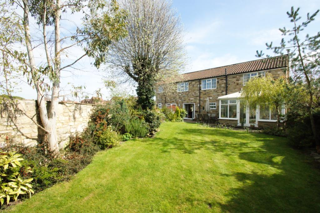 5 Bedrooms Detached House for sale in Piper Hill, Fairburn, North Yorkshire