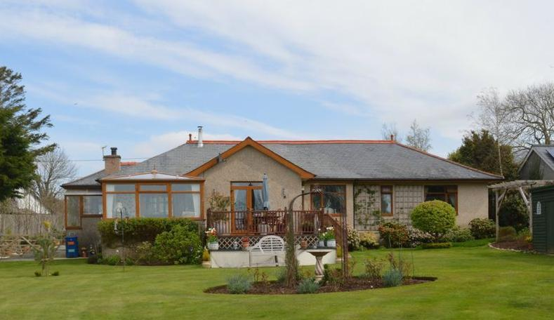 4 Bedrooms Bungalow for sale in Station Road, Dyffryn Ardudwy, LL44