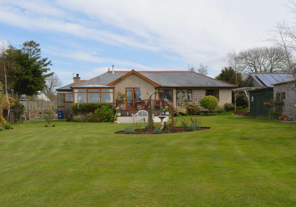 5 Bedrooms Bungalow for sale in Station Road, Dyffryn Ardudwy, LL44