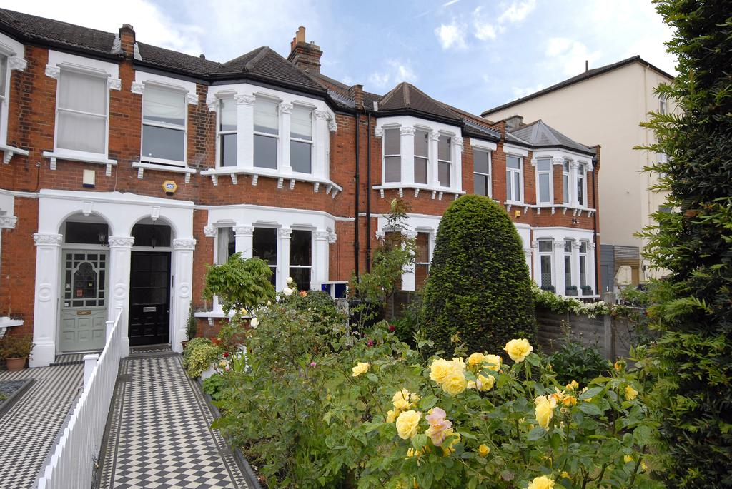 4 Bedrooms Terraced House for sale in Park Hall Road West Dulwich