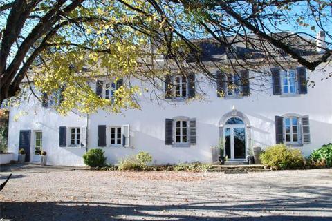 9 bedroom house  - South Of Pau, Pyrenees Atlantiques, Aquitaine