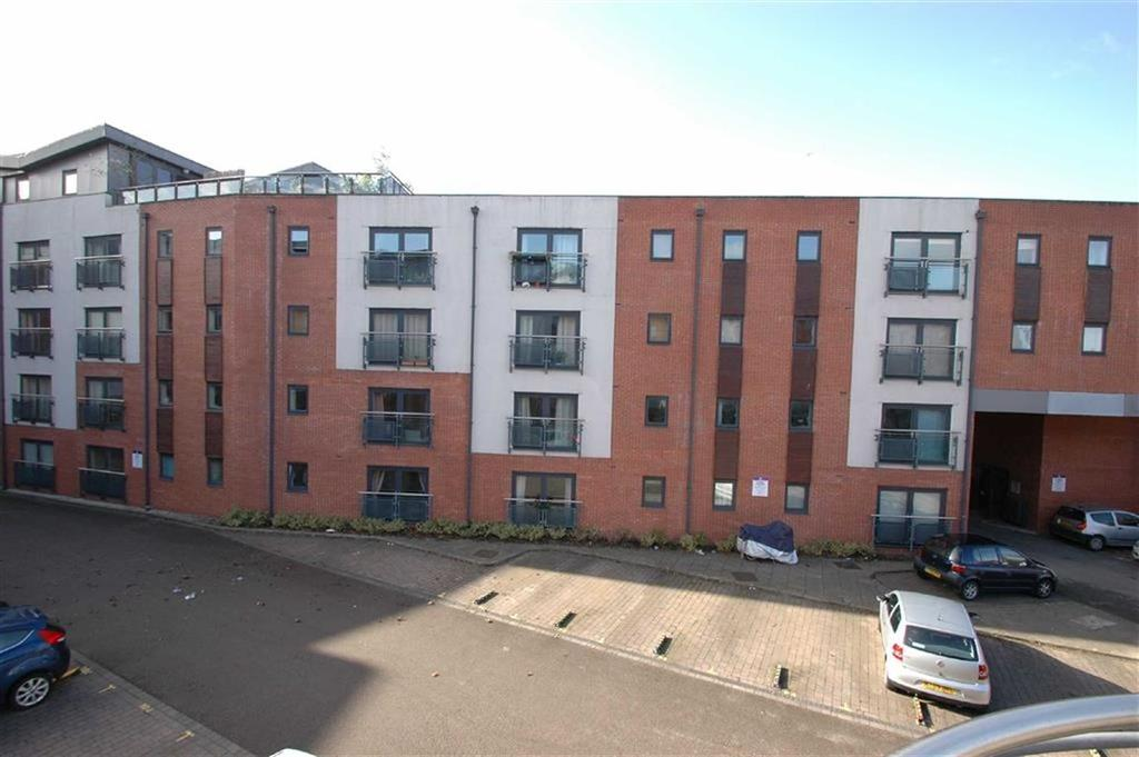 2 Bedrooms Apartment Flat for sale in The Quarter, Chester