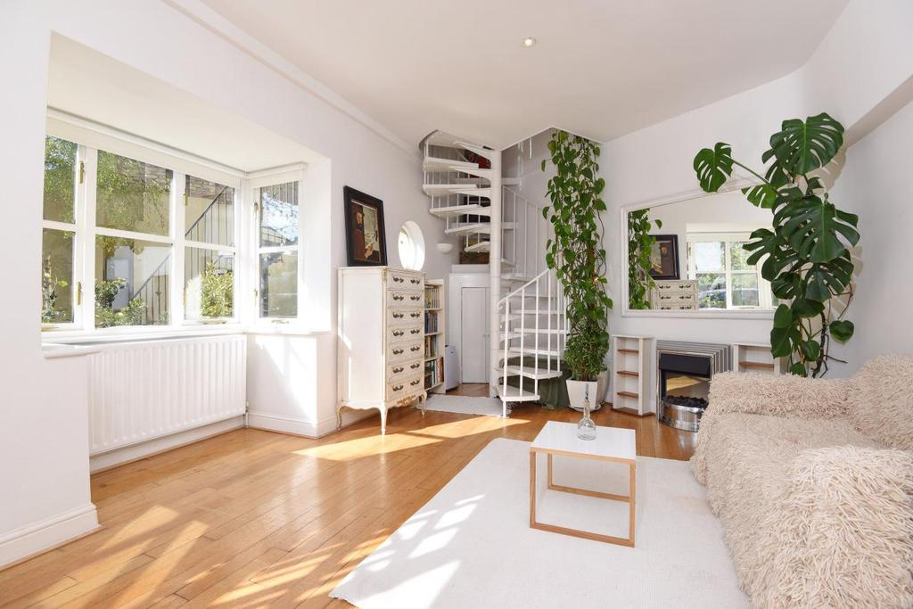 2 Bedrooms Cottage House for sale in Wilfred Owen Close, Wimbledon , SW19