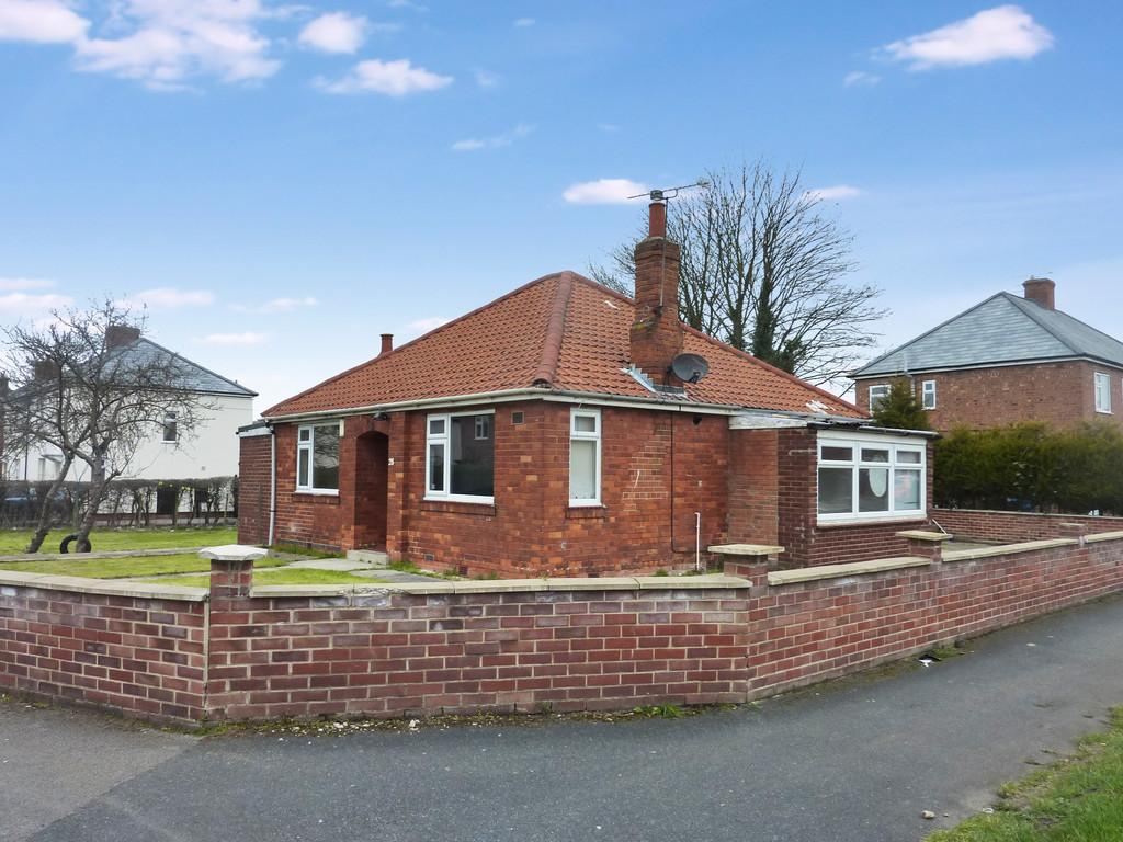 3 Bedrooms Detached Bungalow for sale in Milnercroft, Retford, Notts.
