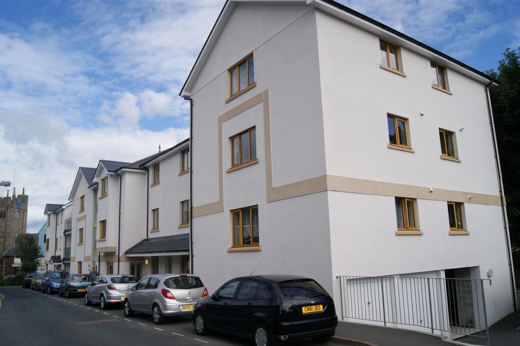 2 Bedrooms Apartment Flat for sale in Park Row, Okehampton
