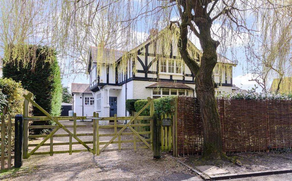 4 Bedrooms Detached House for sale in Abbotsbrook, Bourne End, Buckinghamshire, SL8