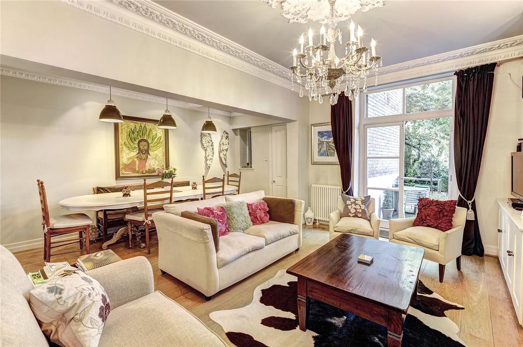 3 Bedrooms Maisonette Flat for sale in Arundel Gardens, Notting Hill, London, W11
