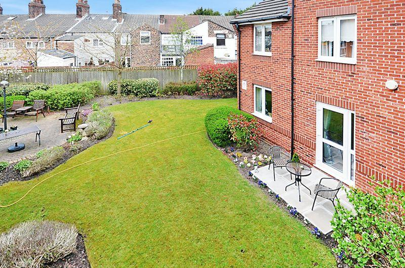 1 Bedroom Retirement Property for sale in Peel House Lane, Widnes