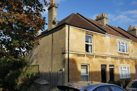 3 bedroom terraced house to rent - Landseer Road, Bath