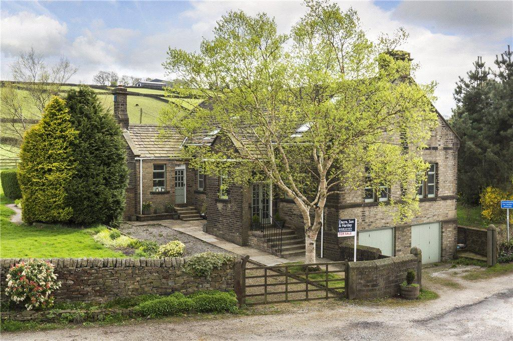 5 Bedrooms Unique Property for sale in Hainworth, Keighley, West Yorkshire