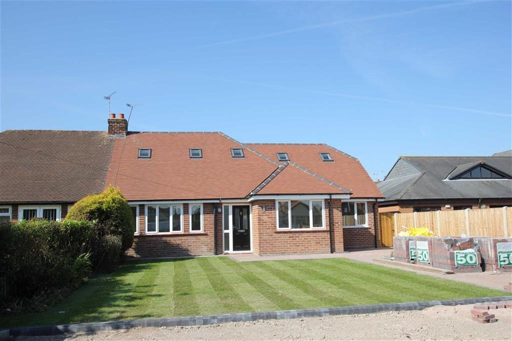 5 Bedrooms Semi Detached Bungalow for sale in Chester Road, Huntington, Chester