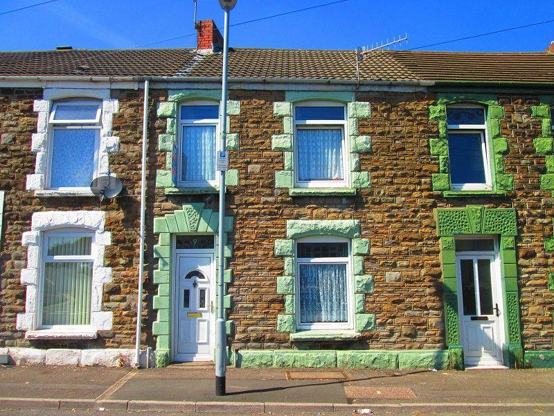 3 Bedrooms Terraced House for sale in Plough Road, Landore, Swansea, City County of Swansea.