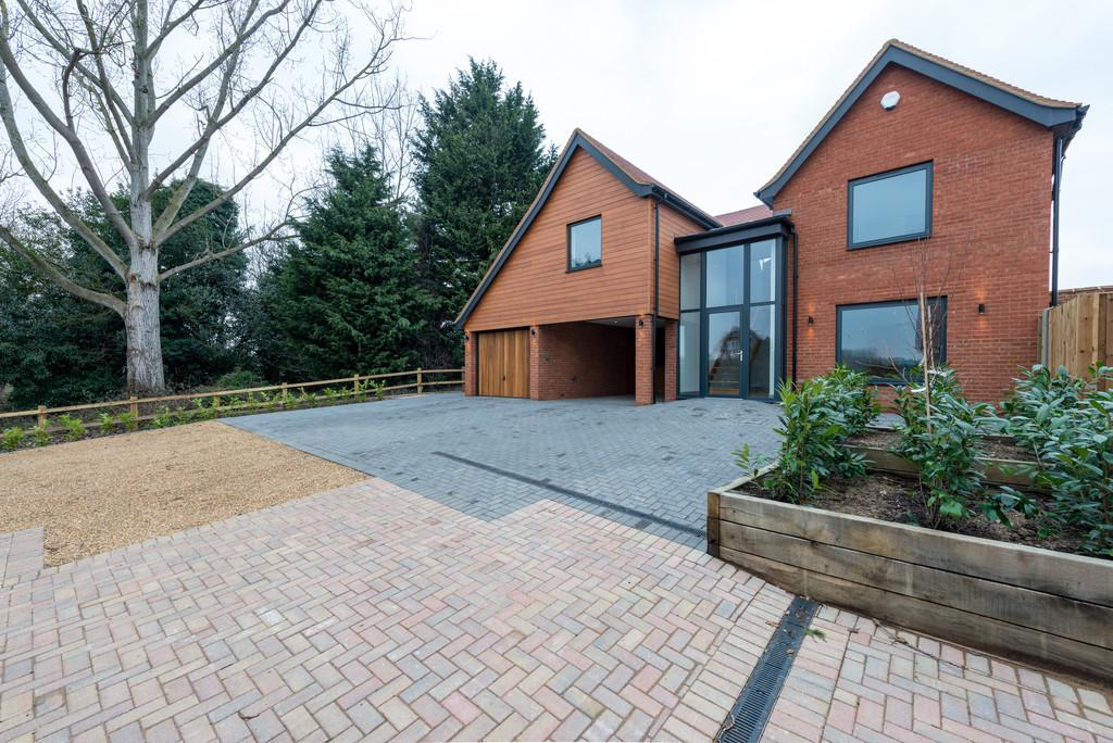 4 Bedrooms Detached House for sale in School Lane, Stratford St Mary, CO7 6LZ