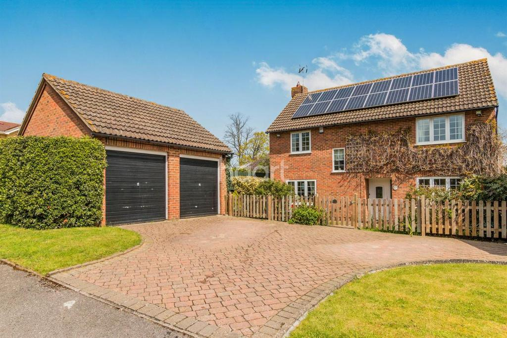 4 Bedrooms Detached House for sale in Whitchurch Close, Maidstone ME16