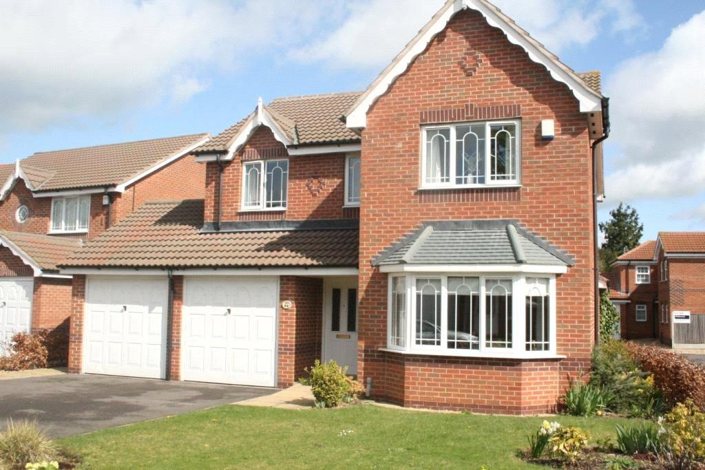 4 Bedrooms Detached House for sale in Peterborough Way, Sleaford, NG34