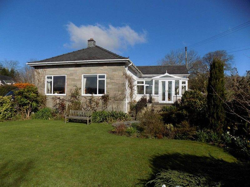 3 Bedrooms Detached Bungalow for sale in Bwlch, Brecon, Powys.