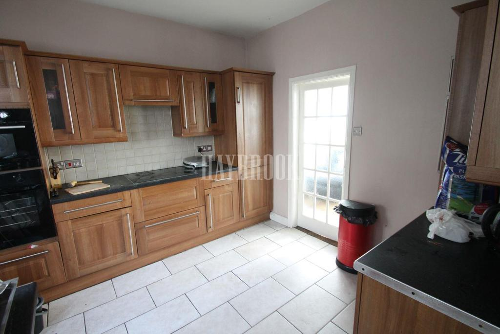 4 Bedrooms Terraced House for sale in Hartington Road, Holmes